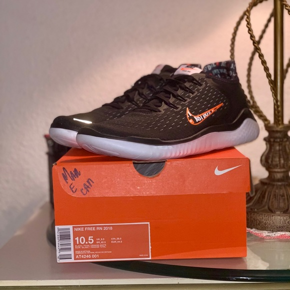 Nike Shoes | Nike Just Do It Free Rn 28
